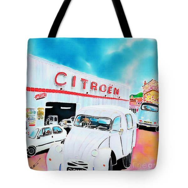 Le Garage Tote Bag