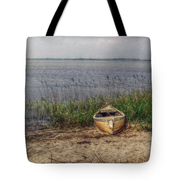 Tote Bag featuring the photograph L'etang by Hanny Heim