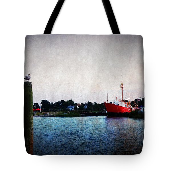 Lewes - Overfalls Lightship 2 Tote Bag by Richard Reeve