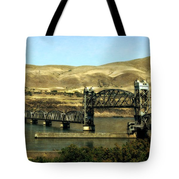 Lift Bridge Over The Columbia River Tote Bag