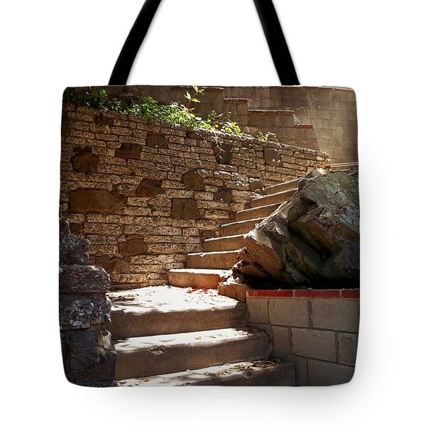 Lighting The Way Up Tote Bag by Glenn McCarthy Art and Photography