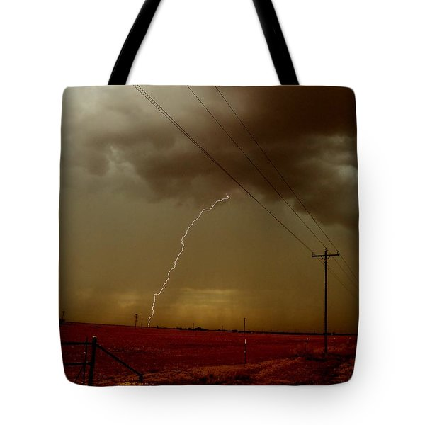 Lightning Strike In Oil Country Tote Bag by Ed Sweeney