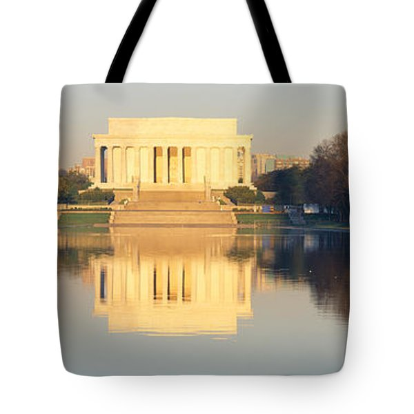 Lincoln Memorial & Reflecting Pool Tote Bag by Panoramic Images