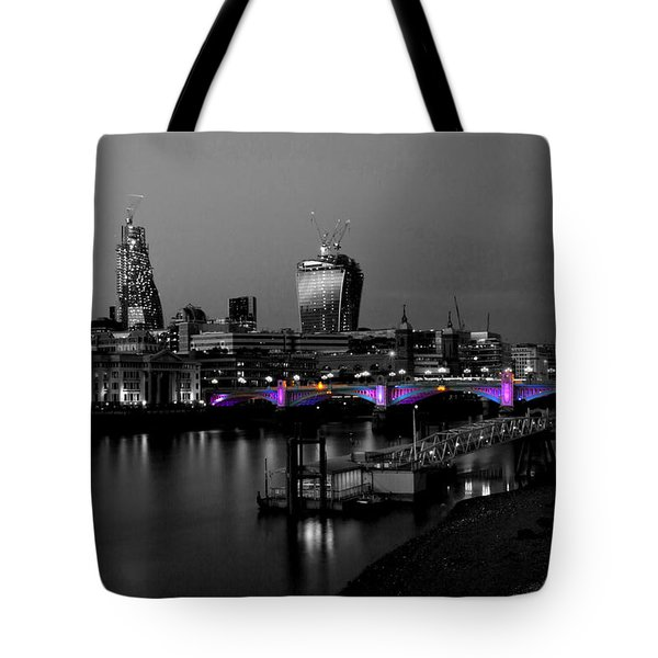 London Thames Bridges Bw Tote Bag