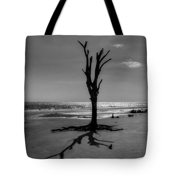 Long Shadow On Jekyll Island In Black And White Tote Bag