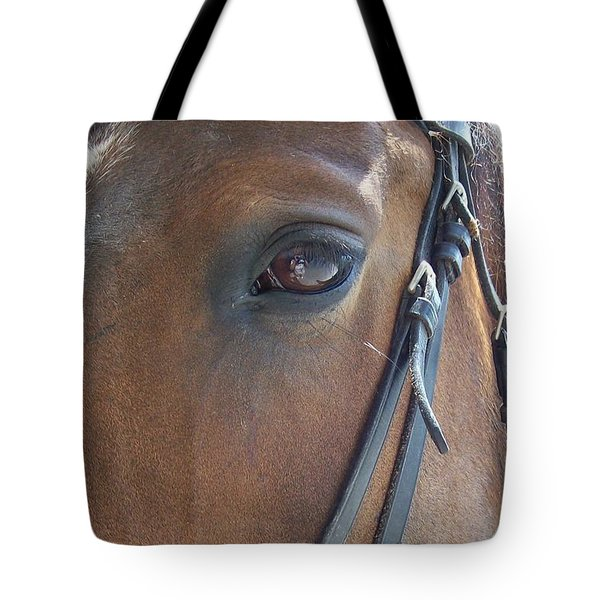 Look In My Eye Tote Bag