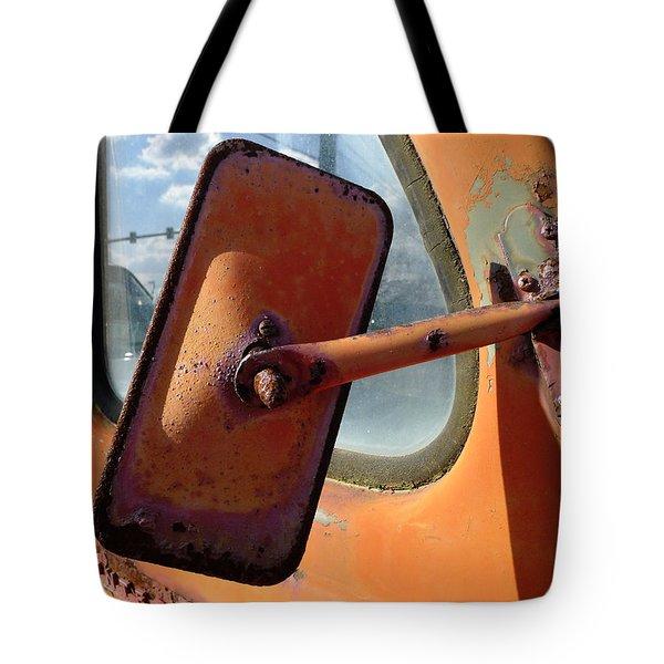 Looking Back Tote Bag by Richard Reeve