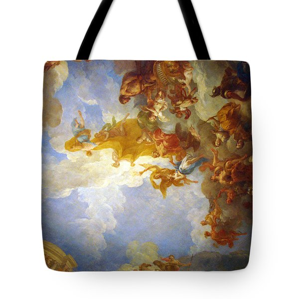 Tote Bag featuring the photograph Looking Up by Meaghan Troup