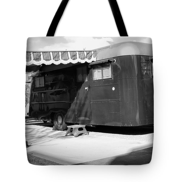 Love Shack Bw Palm Springs Tote Bag by William Dey