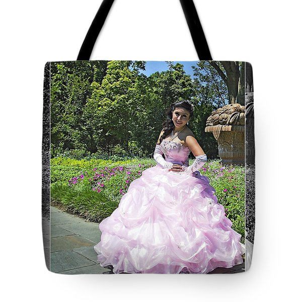 Lovely Lady At The Dallas Arboretum Tote Bag