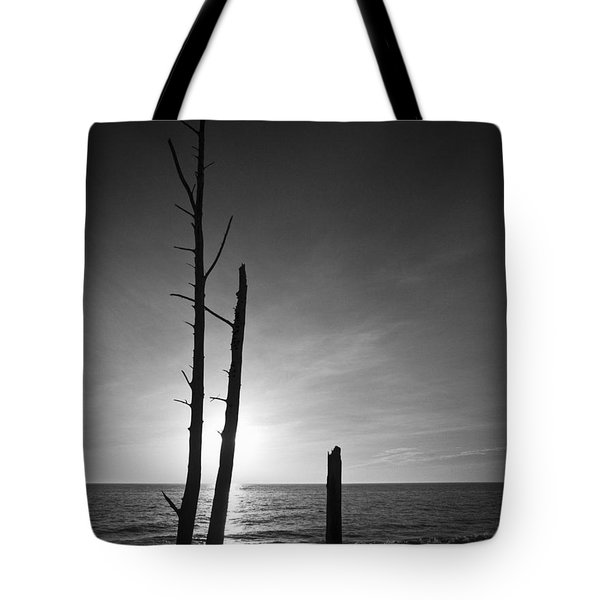 Lovers Key Sunset Black And White One Tote Bag by Bradley R Youngberg