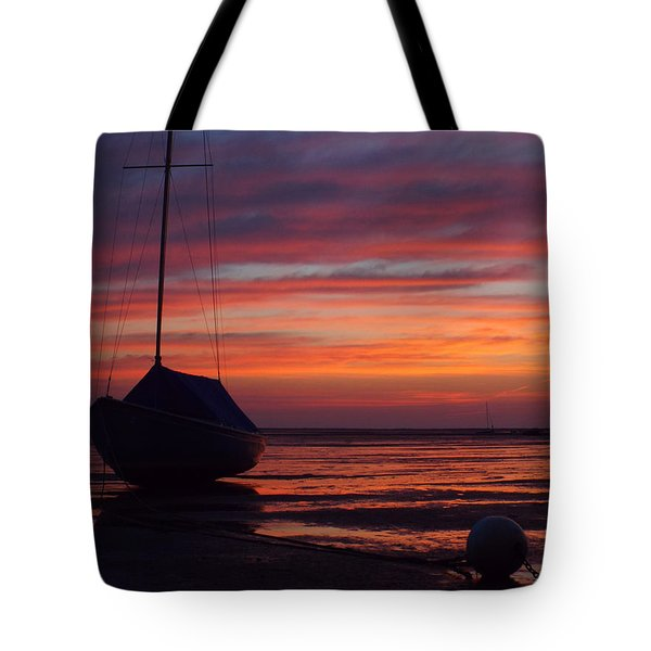 Sunrise At Low Tide Tote Bag