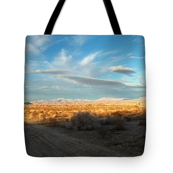 Lucerne Desert Vista Tote Bag by Glenn McCarthy Art and Photography