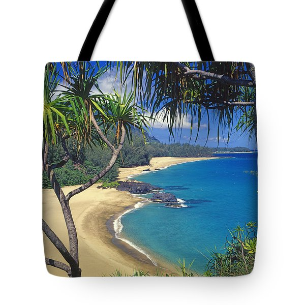 Lumahai Beach Tote Bag