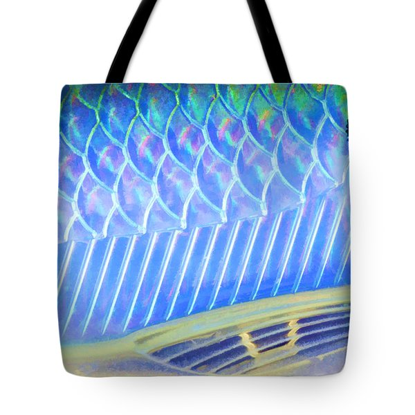 Lure Close 3 Tote Bag