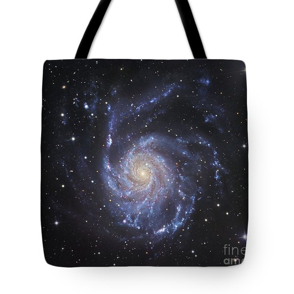 M101, The Pinwheel Galaxy In Ursa Major Tote Bag by Robert Gendler