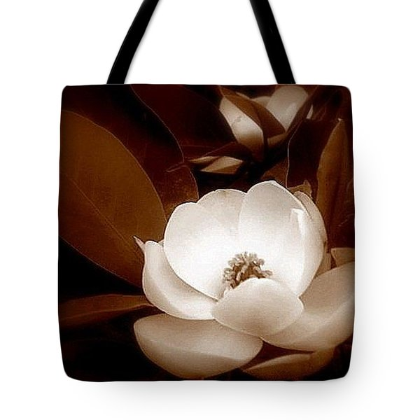 New Orleans Magnolia Beauty Tote Bag