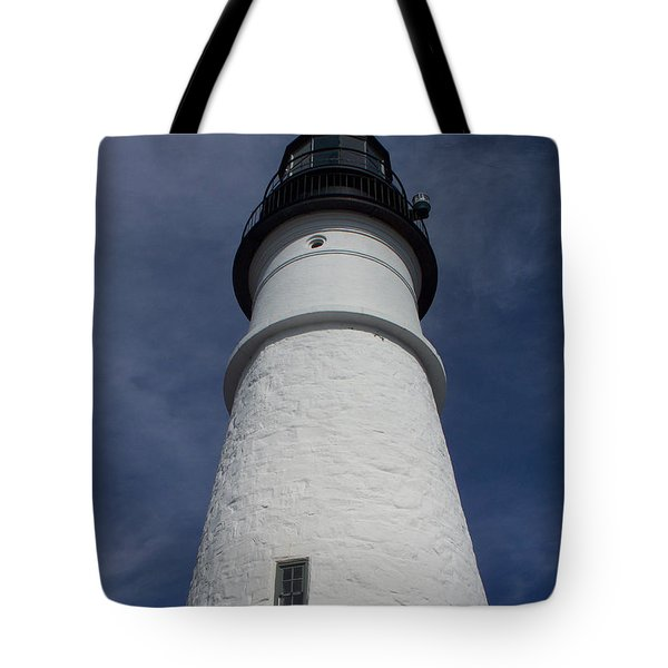 Tote Bag featuring the photograph Maine Lighthouse by Gena Weiser