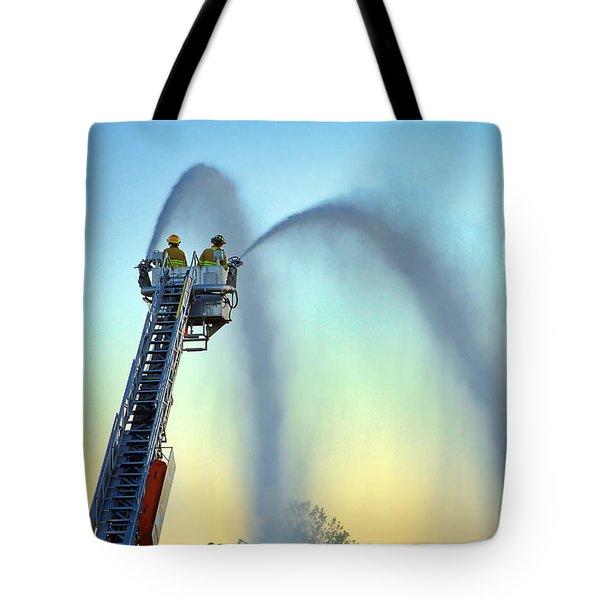 Mainstream At Sunset Tote Bag