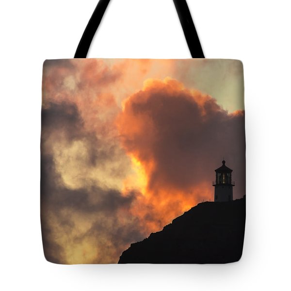 Tote Bag featuring the photograph Makapuu Lighthouse Sunrise 1 by Leigh Anne Meeks