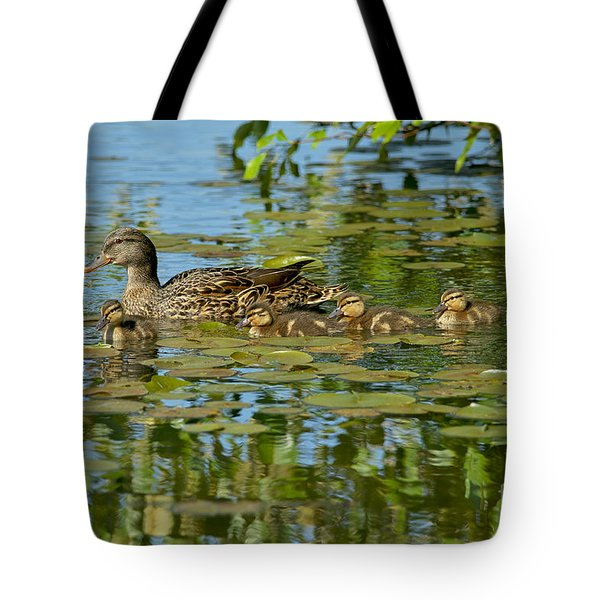 Mallard Mom And The Kids Tote Bag by Sharon Talson