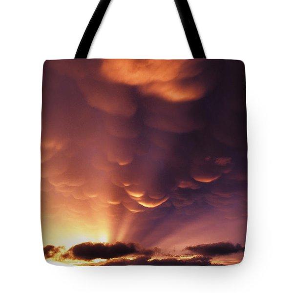 Mammatus Sunset Over Colorado Tote Bag by Jason Politte