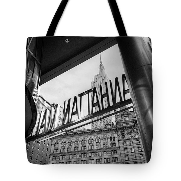 Manhattan Mall Sign Tote Bag
