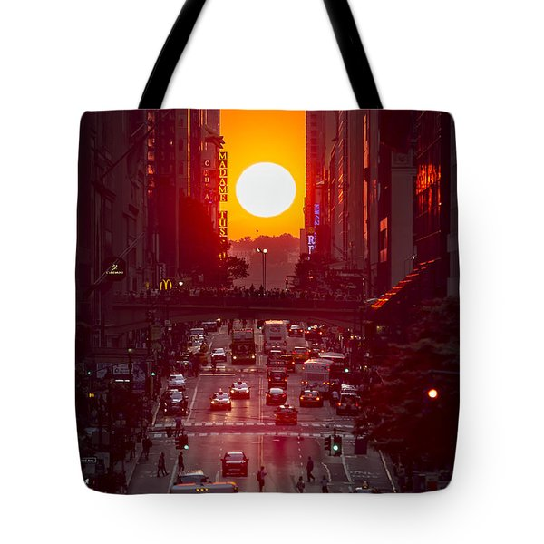 Manhattanhenge Tote Bag