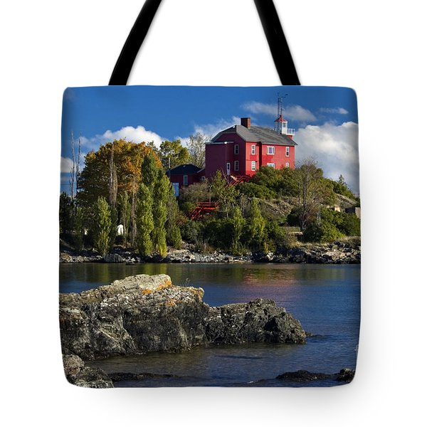 Marquette Harbor Light - D003224 Tote Bag
