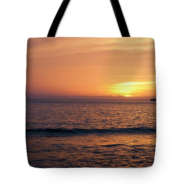 Tote Bag featuring the photograph Maui Sunset by Randy Bayne