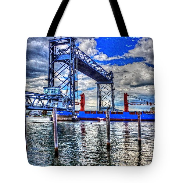 Memorial Bridge 034 Tote Bag