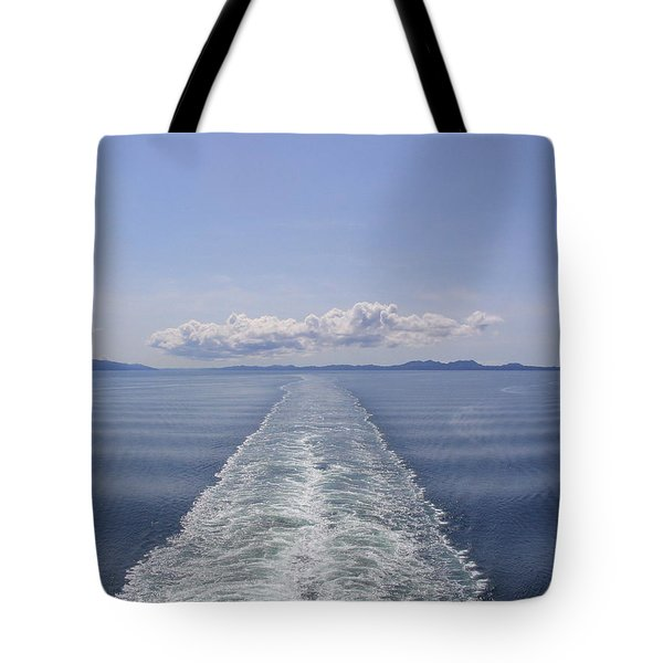 Tote Bag featuring the photograph Memories by Brian Williamson