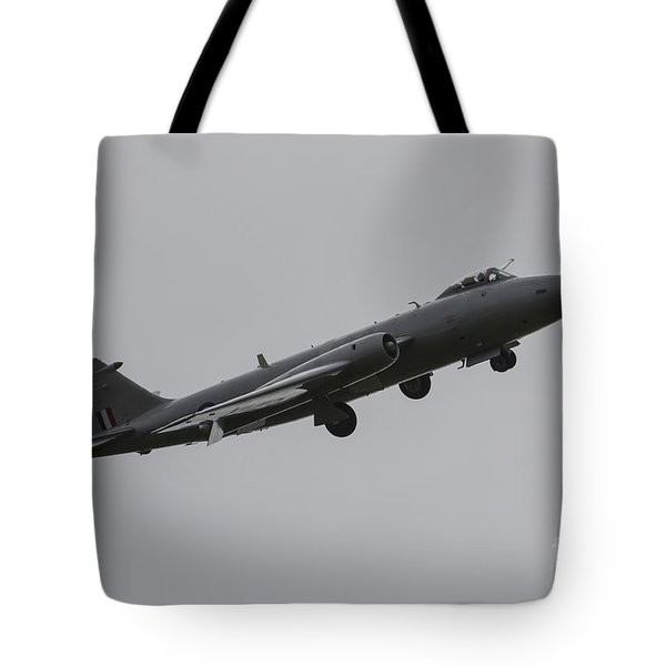 Mid-air Canberra Tote Bag