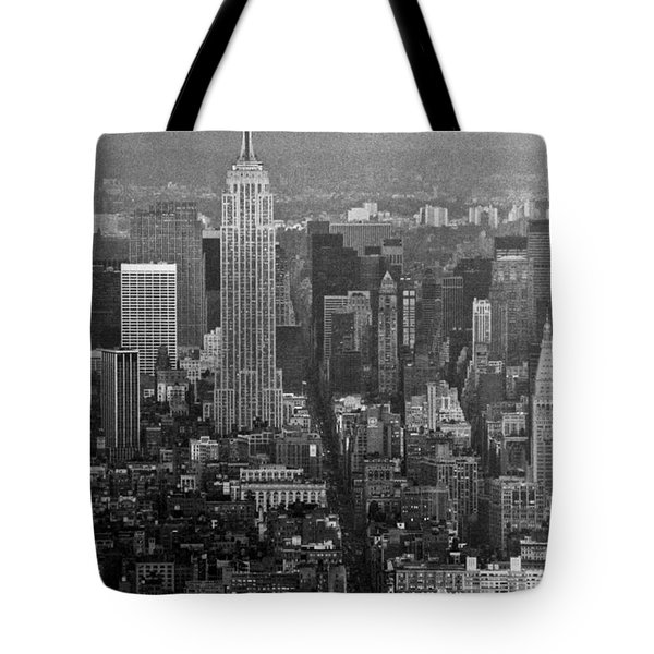 Midtown Manhattan Winter 1980s Tote Bag by Gary Eason