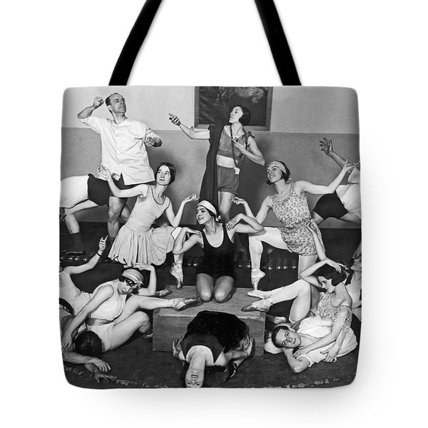 Mikhail Mordkin And Students Tote Bag by Underwood Archives