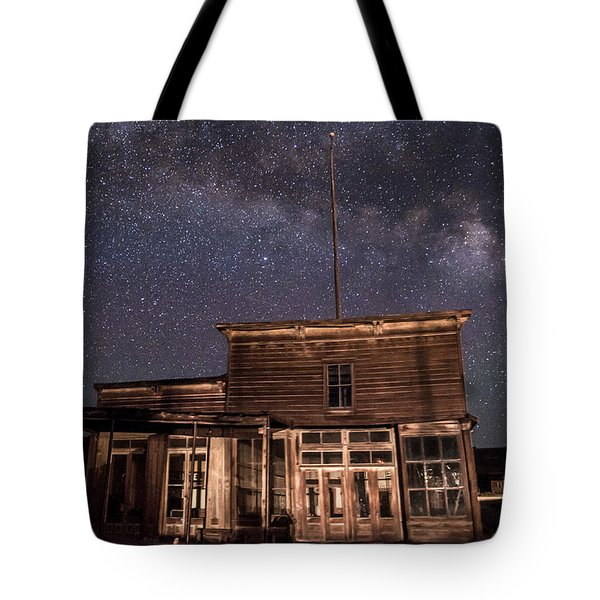 Milky Way Over  Wheaton And Hollis Hotel Tote Bag