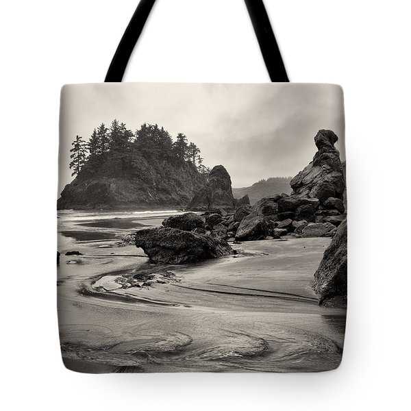 Mill Creek And Pewetole Island At Trinidad State Beach Tote Bag by Joe Doherty