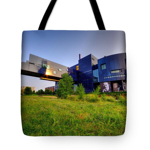 Minneapolis Guthrie Theater Summer Evening Tote Bag