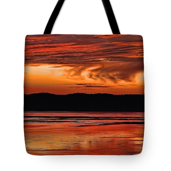 Tote Bag featuring the photograph Mississippi River Sunset by Don Schwartz
