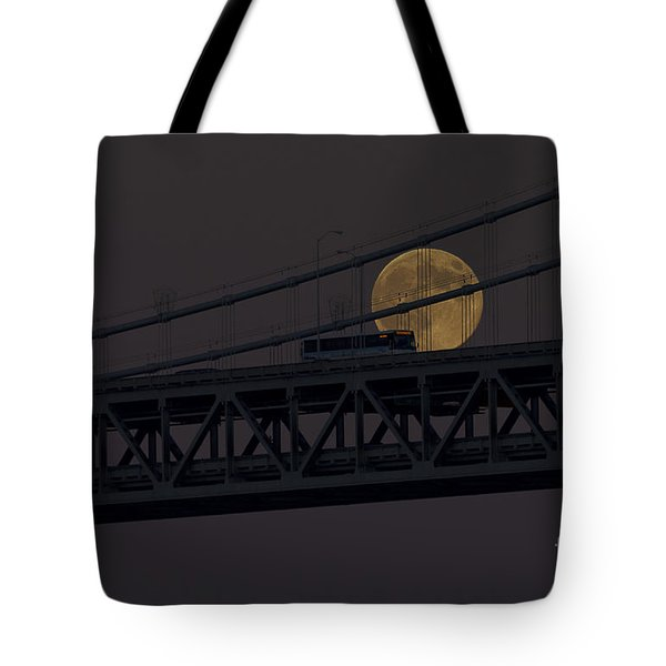 Tote Bag featuring the photograph Moon Bridge Bus by Kate Brown