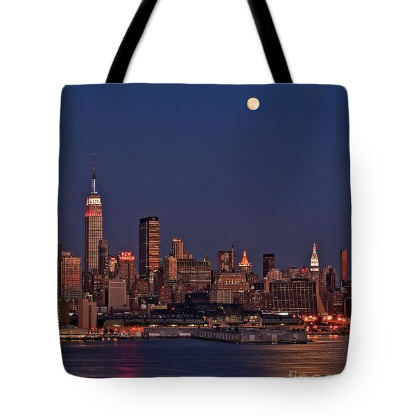 Moon Rise Over Manhattan Tote Bag by Susan Candelario