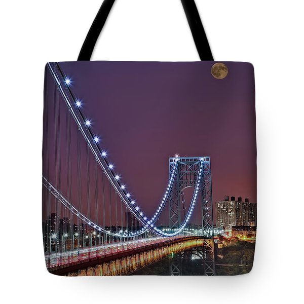 Moon Rise Over The George Washington Bridge Tote Bag
