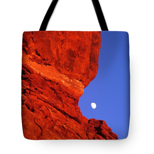 Tote Bag featuring the photograph Moonrise Balanced Rock Arches National Park Utah by Dave Welling