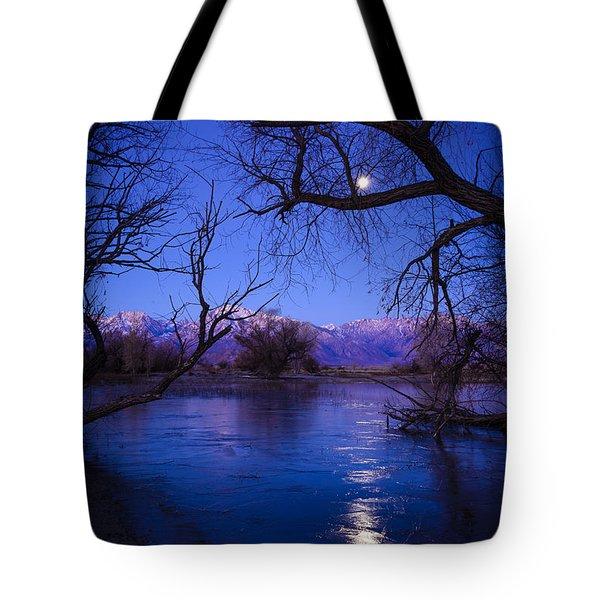 Moonset On Farmers Pond Tote Bag