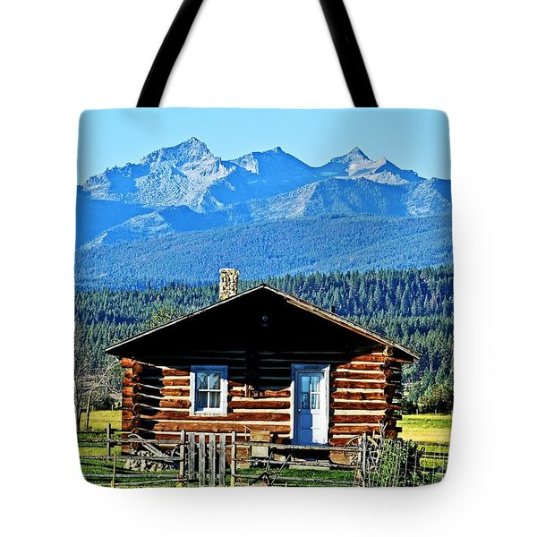 Tote Bag featuring the photograph Morning At The Getaway by Joseph J Stevens