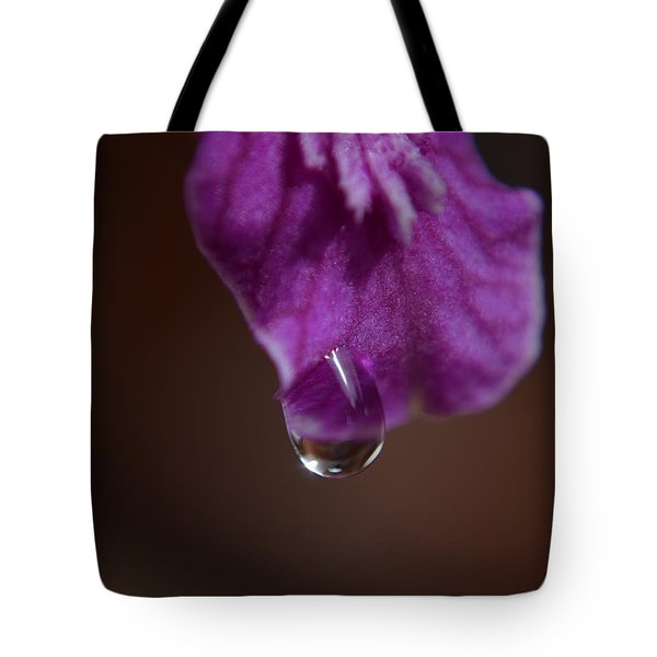 Tote Bag featuring the photograph Morning Dew by Michelle Meenawong