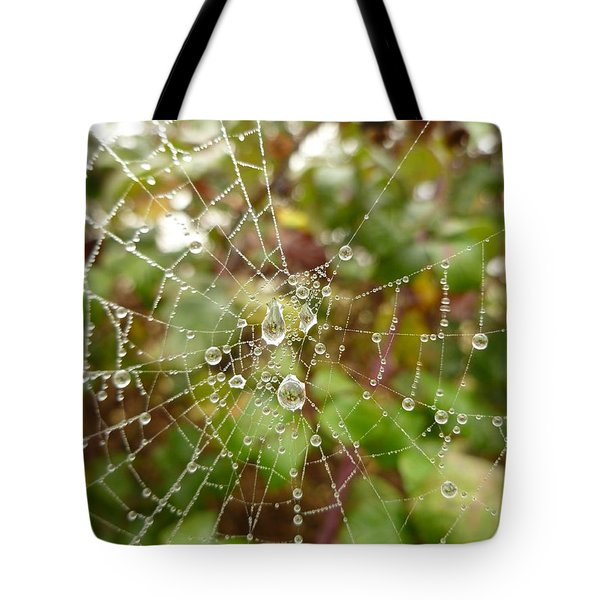 Tote Bag featuring the photograph Morning Dew by Vicki Spindler