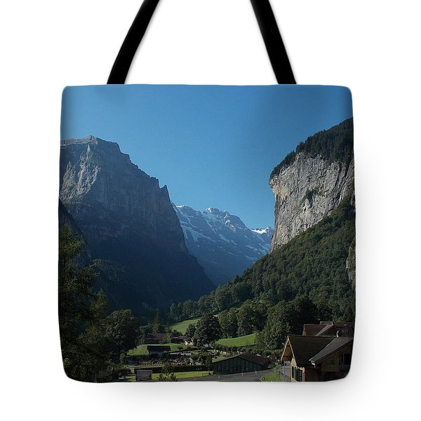 Morning In Lauterbrunnen Tote Bag