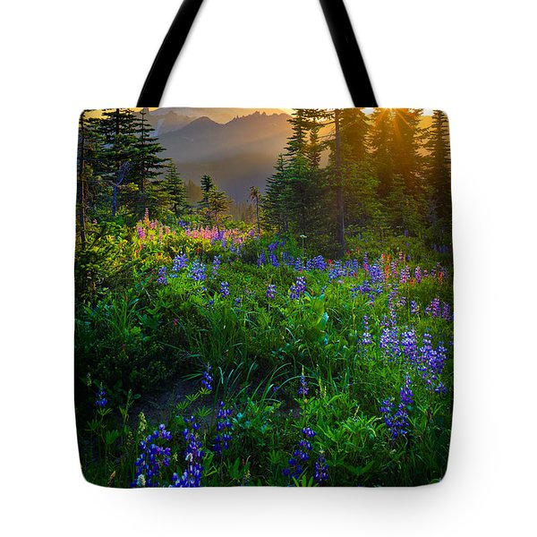 Mount Rainier Sunburst Tote Bag