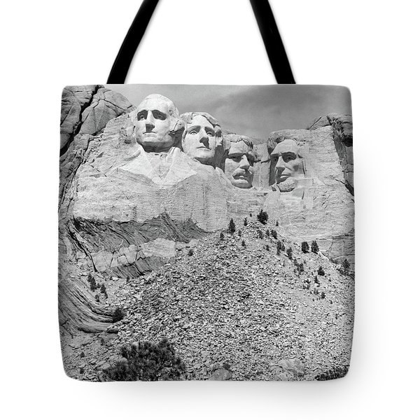 Mount Rushmore South Dakota Usa Tote Bag